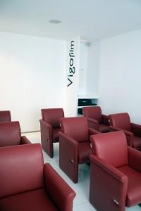 Interior-saladeproyecciones-butacas-vigofilm