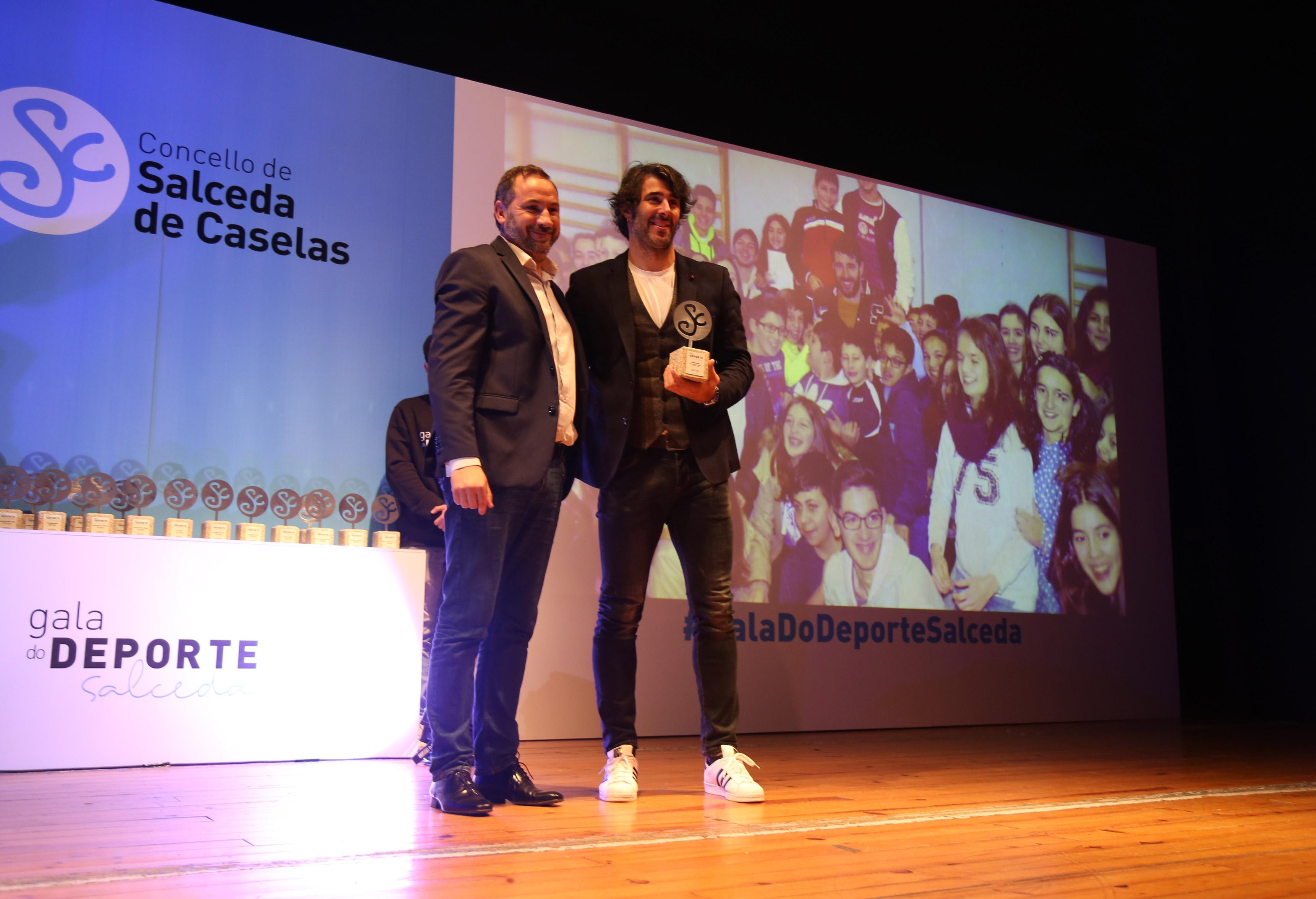 Actor David Amor premiado en evento I Gala do Deporte del Concello de Salceda