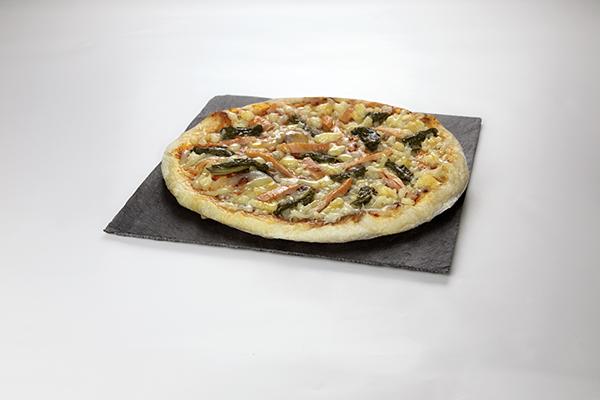 Pizza de Lacón con grelos Mama masa pizzas con Xeito Anónimo Advertising